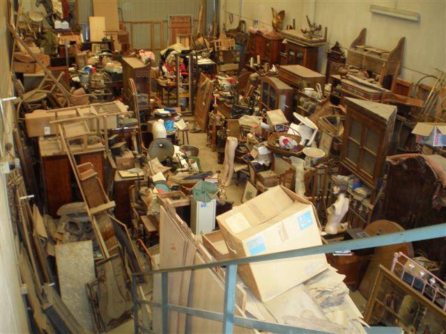 Almacen muebles antiguos